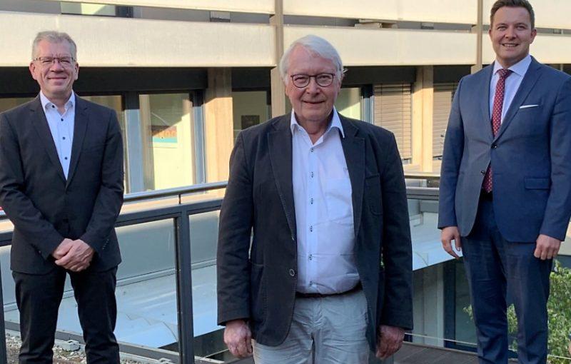 Ehrennadel für Dr. Gerd Marquordt